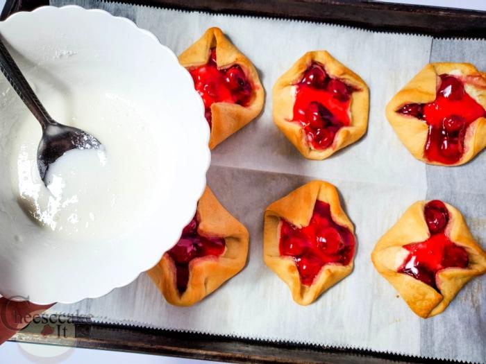 add glaze to pastries